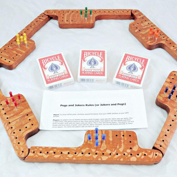Pegs & Jokers Game Set - Lacewood