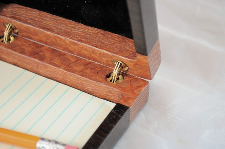 Playing Card Case #59 - Lacewood & Wenge Hinges